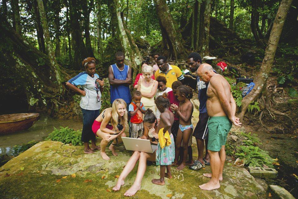 Vanuatu pacific  blue_hole_510-Copy