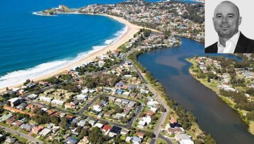 1453244-terrigal-lake-and-beach__1412272702_103.4.145.210__1412274072_103.4.145.210