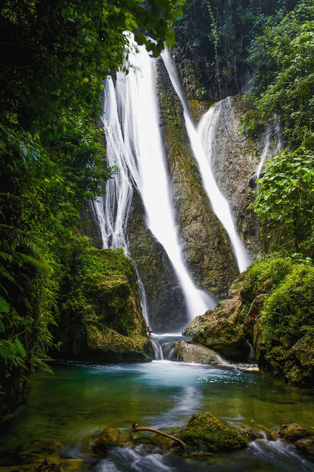 DAVID KIRKLAND / DESIGN PICS VIA GETTY IMAGES Stunning waterfalls on Tanna Island.