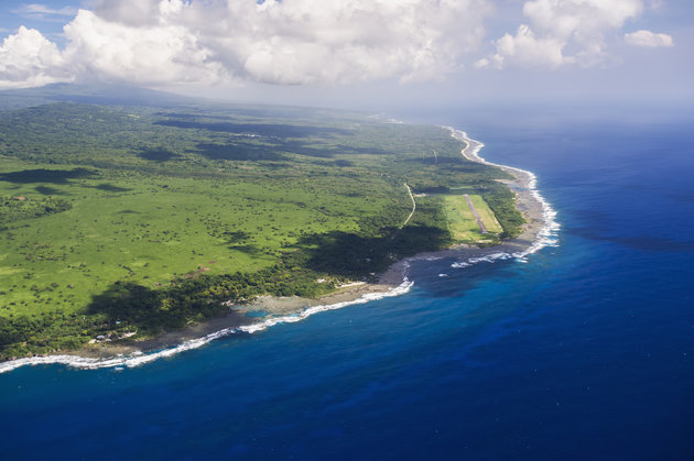 DAVID KIRKLAND / DESIGN PICS VIA GETTY IMAGES An aerial view of Vanuatu's stunning coastline.