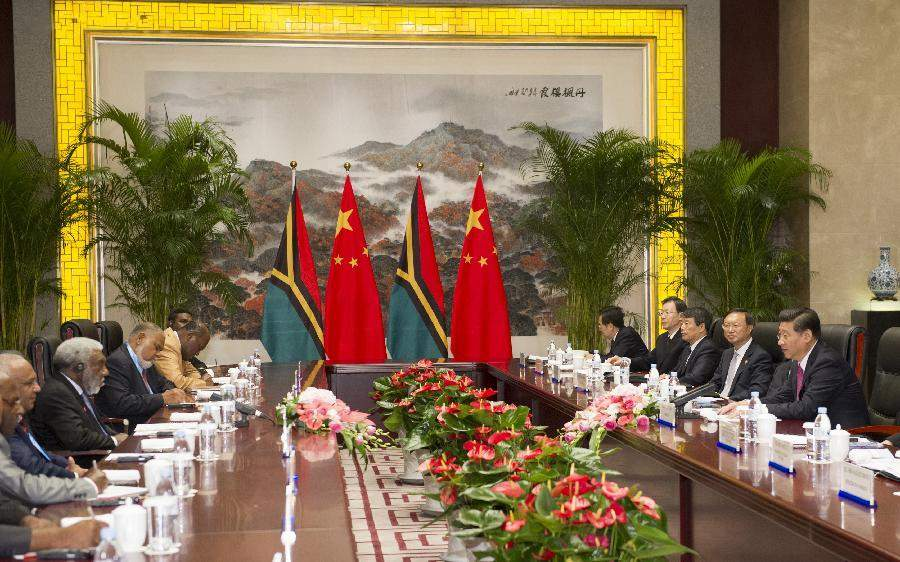 Representatives of Vanuatu in meeting with the Government of the People's Republic of China