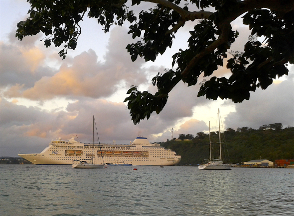 Port Vila Wharf Capacity increased to two Cruise Ships