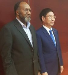 Vanuatu PM hails bilateral ties with China