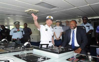 Top leaders of Vanuatu laud Chinese hospital ship's visit