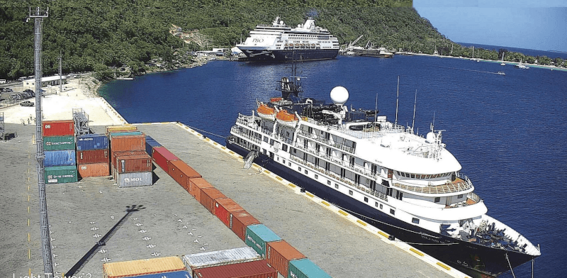Dual berthing in Port Vila