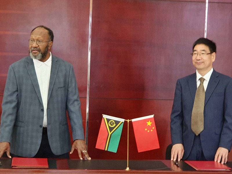 VANUATU, CHINA SIGN AIR SERVICES DEAL