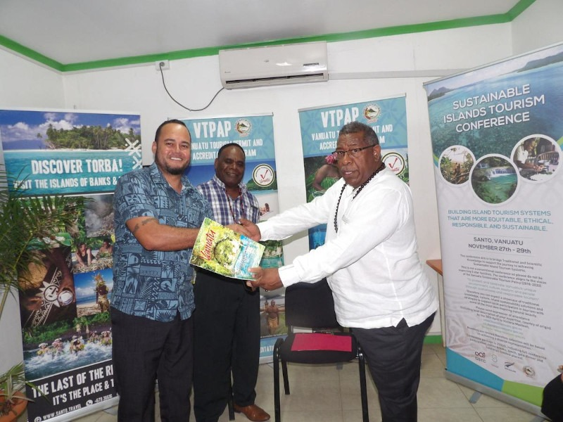 Santo Welcomes Sustainable Islands Tourism Conference
