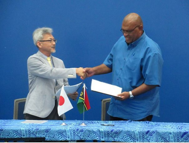 JICA and Gov't Sign Agreement for Teouma Bridge Reconstruction Project